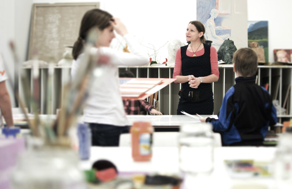 Kosmos Kunst: Kreativkurs für Kinder